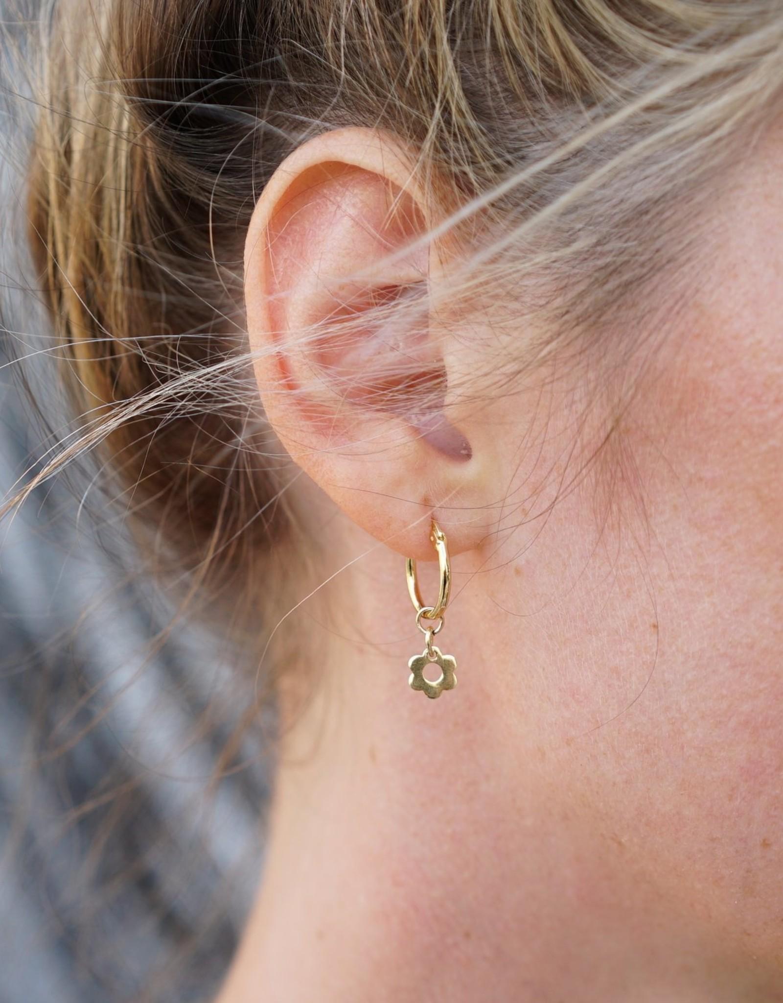 Eff Y Bee f.y.b. - Earrings Kaia Hoop Flower Gold