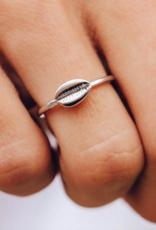 Pura Vida Pura Vida - Cowrie Ring
