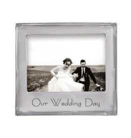 Mariposa Mariposa - Our Wedding Day Signature 5x7 Frame