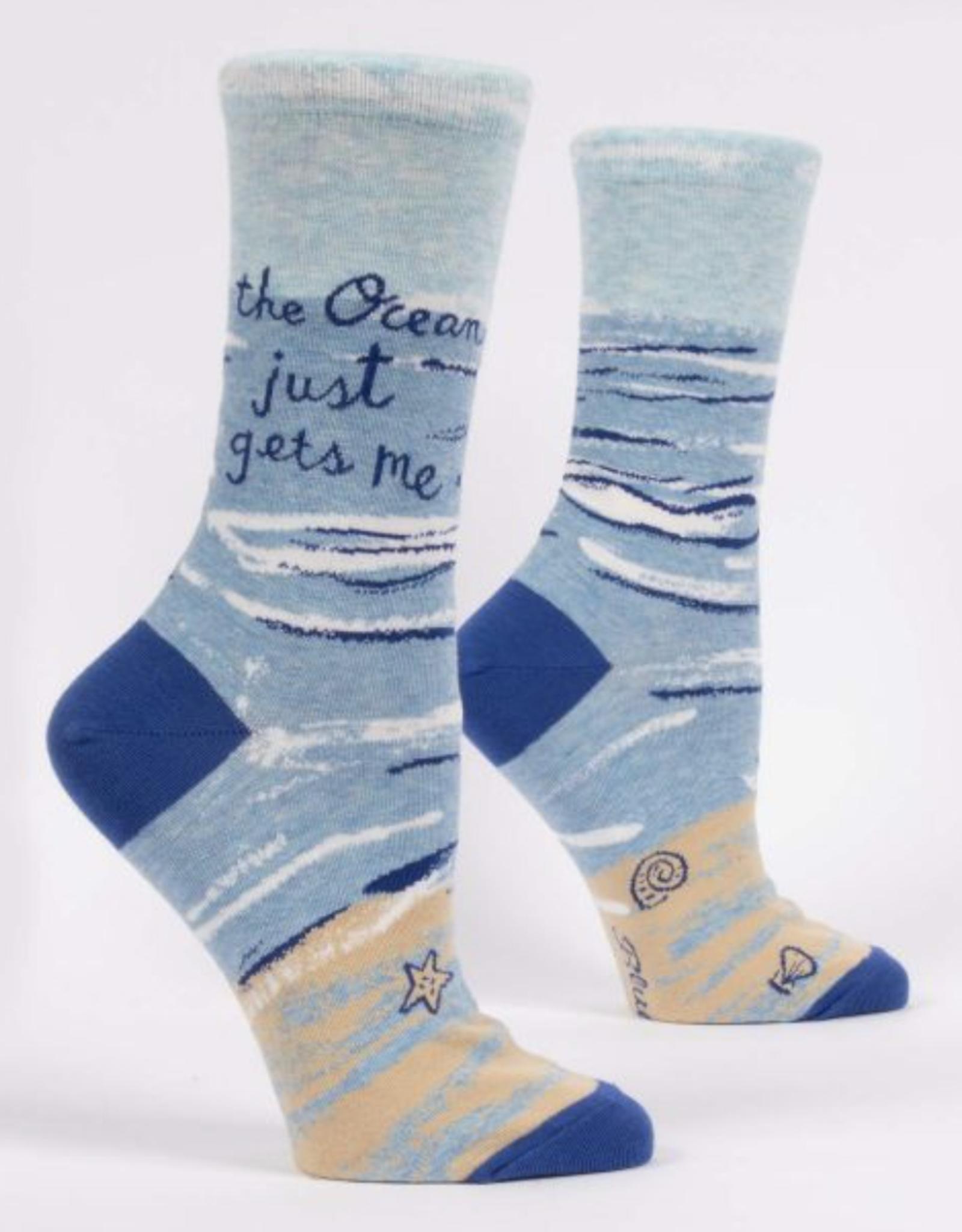 Blue Q Blue Q - Crew Socks The Ocean Just Gets Me