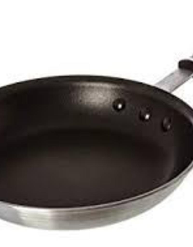 Update Int. Update 10' Frying Pan, Quantum Coated w/ silicone handle