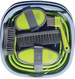 TAIL TAMER GROOMING KIT WITH BUCKET
