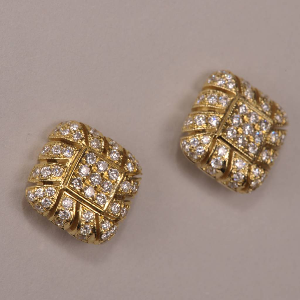 18k Yellow Gold And Diamond Earrings Weave Design
