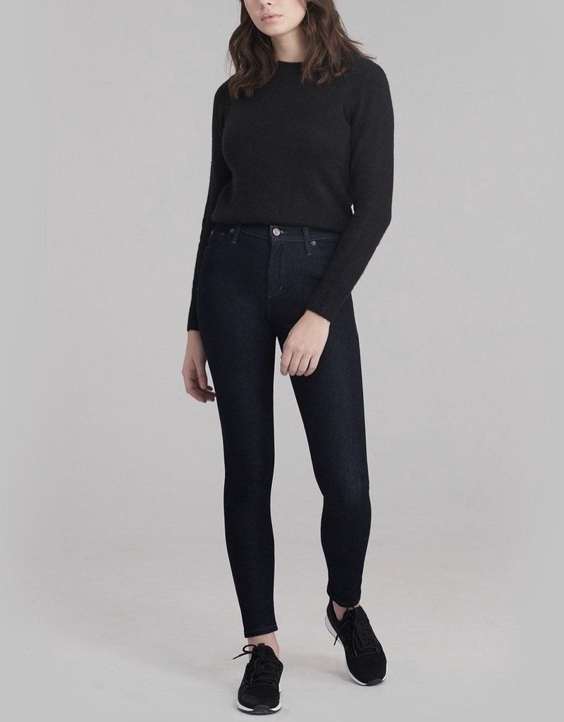Womens black skinny jeans made in Canada