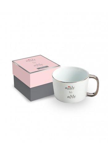 ROSANNA IMPORTS Love You More Mug