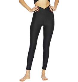 BEACH RIOT TWIST SHINE LEGGING