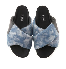 ROAM DENIM SHIBORI CLOUD WASH CROSS SANDAL
