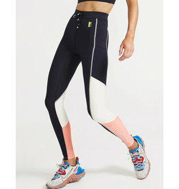 PE NATION FORWARD PASS LEGGING