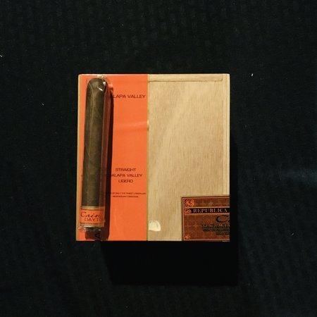 Cain Cain Daytona Robusto 5x50 Box of 24