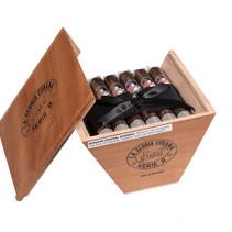 La Gloria Cubana Serie R Esteli Fifty-Four Box of 18