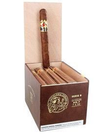 La Gloria Cubana La Gloria Cubana Serie R No. 7 Natural 7x58 Box of 24