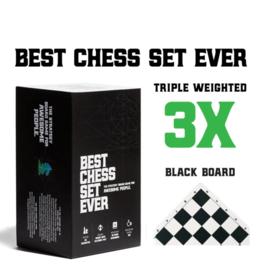 BCSE Best Chess Set Ever (black board)