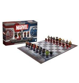USAopoly INC Marvel Chess Set