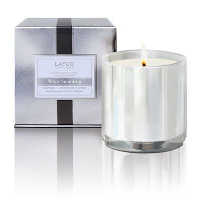 White Snowdrop LE Candle