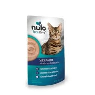 Nulo Nulo - Chicken & Salmon  Silky Mousse Cat Pouches 2.8oz
