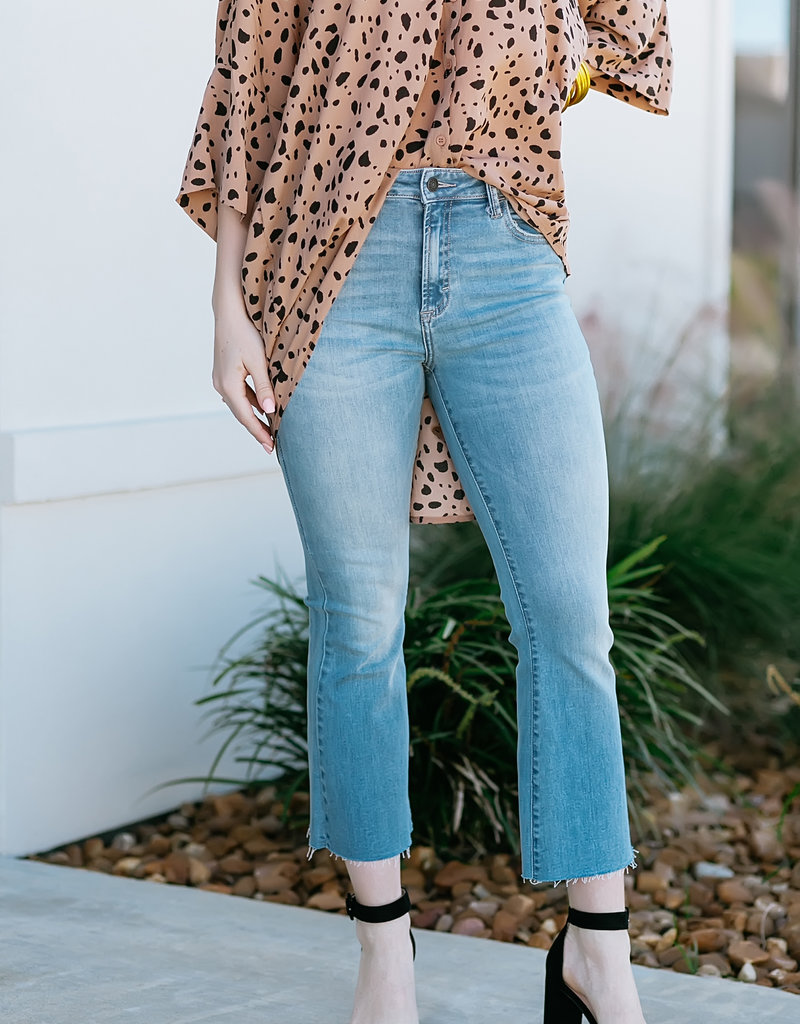 Hidden Jeans High Rise Cropped Flare w. Clean Cut Hem