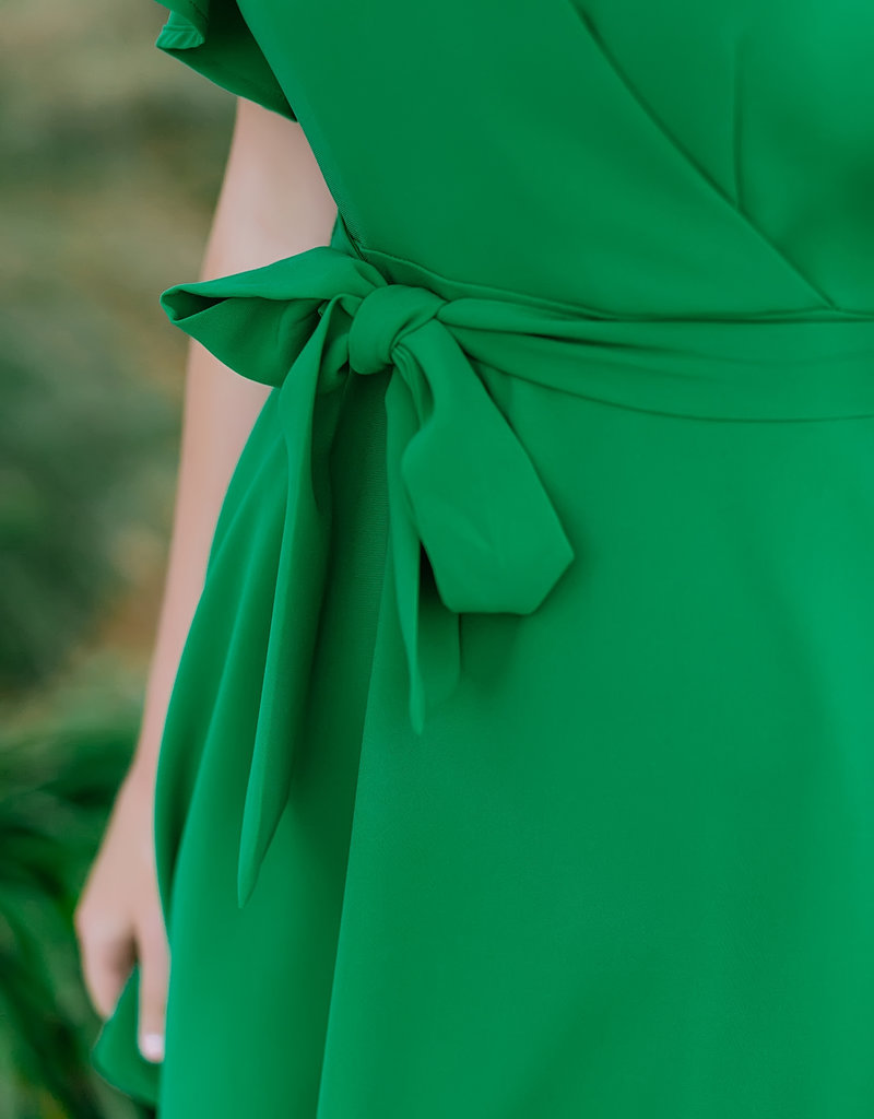 TCEC Kelly Green Flutter Sleeve Dress