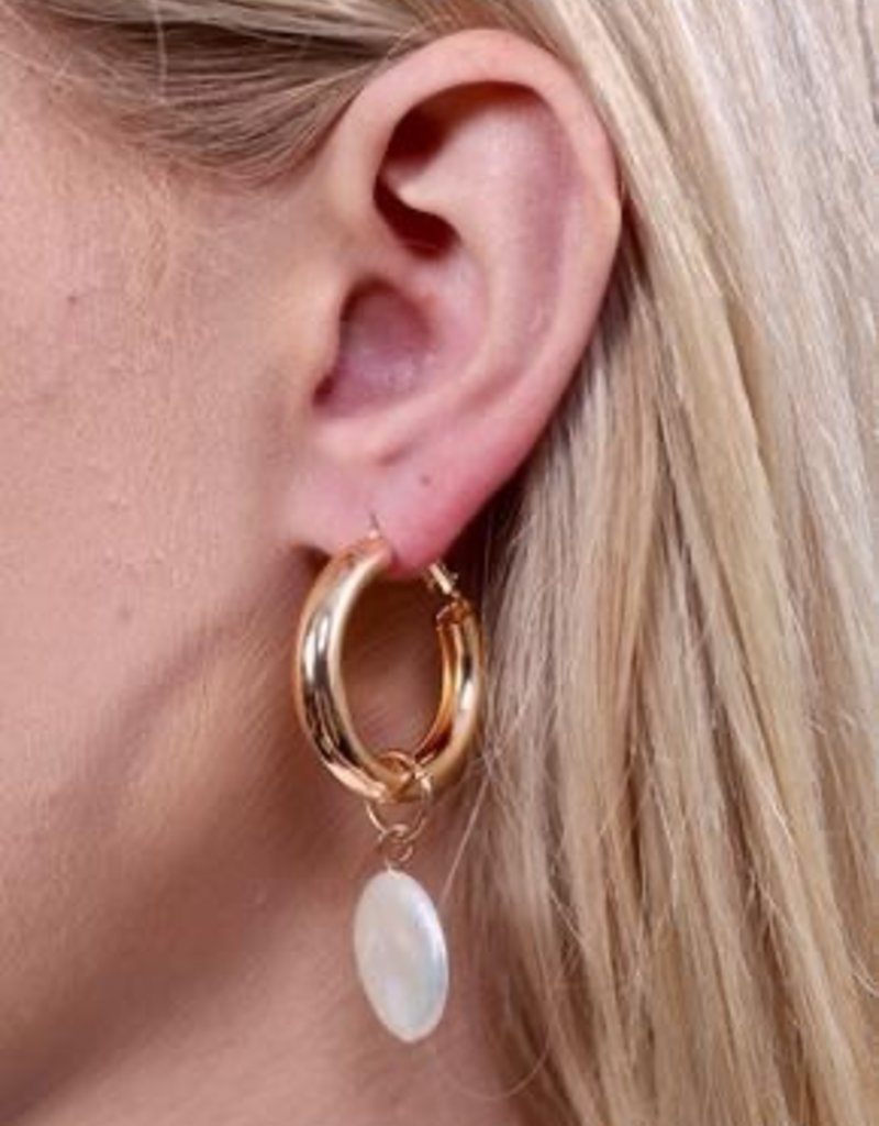 Tilly Shiny Hoop Latchback Earring With Pearl Drop Gold