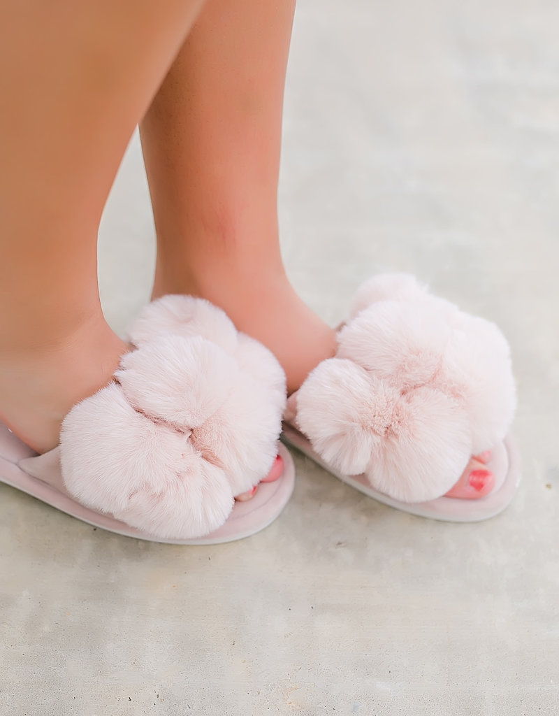 MeMoi' Luxe Pompom Plush Slipper