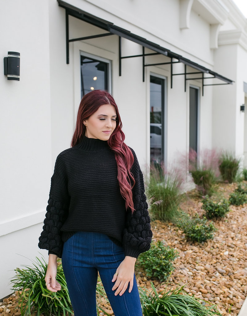 RD USA International Black Bubble Sleeve Sweater