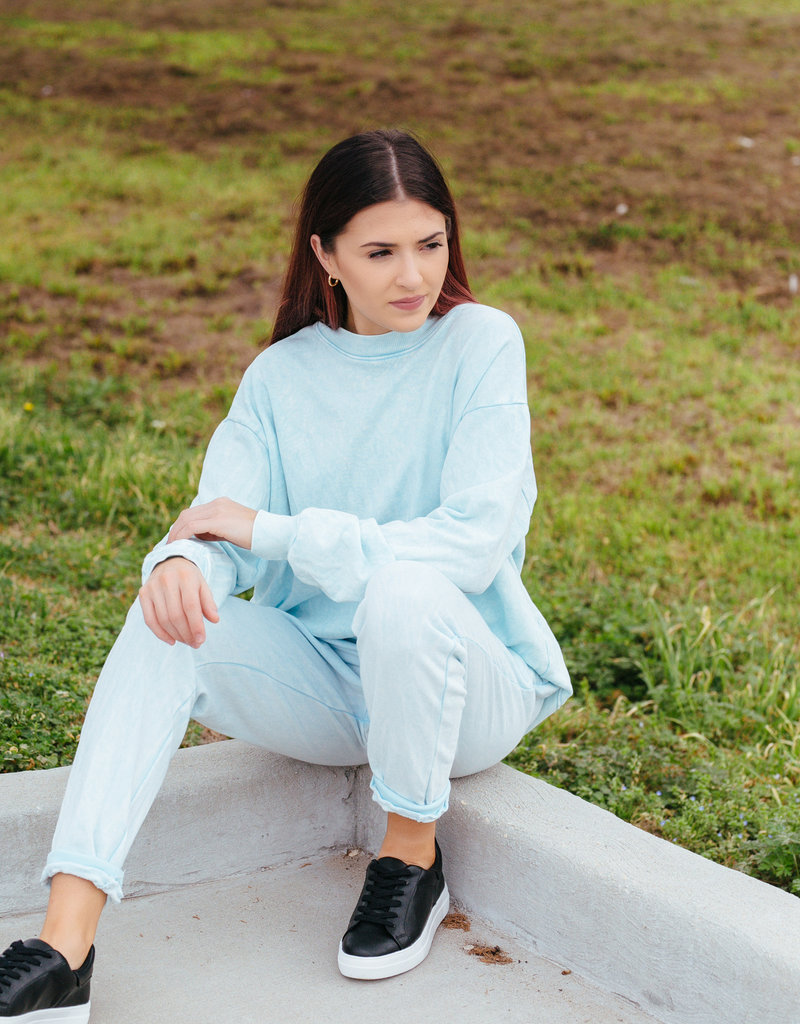 Trend:Notes Dye Washed Two Toned Joggers