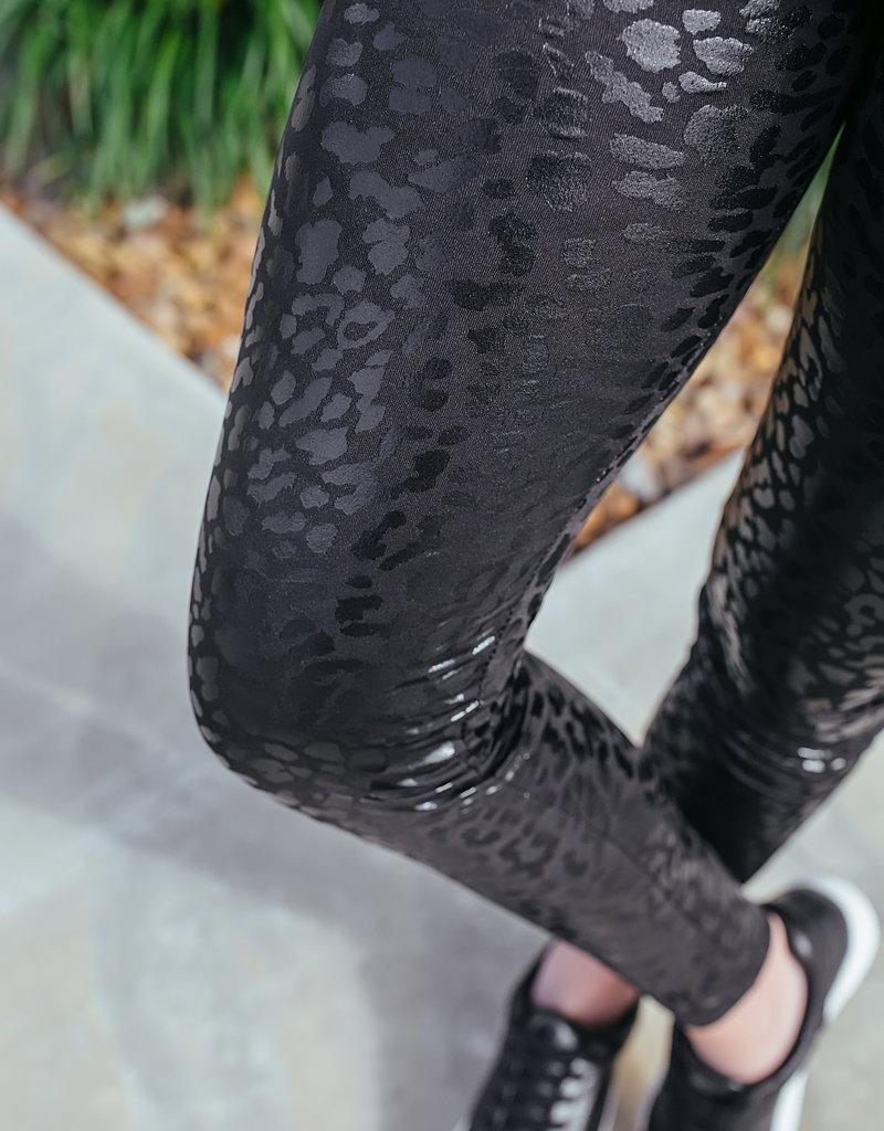 Shiying Fashion Black Shiny Leopard Textured Leggings