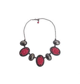 FZ Oval Cabochon Necklace with Roses & Jet Stones