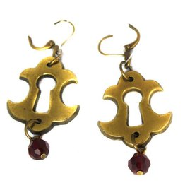 CRD Keyhole Earring With Drop Bead