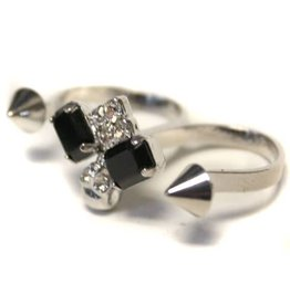 FIC Double Finger Ring Stones And Spikes