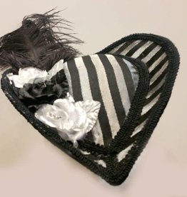 HV Hart Hat With Feather And Flower Detail