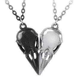 LOE Coeur Crane Necklace