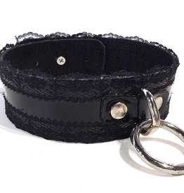 LN Leather O-ring Collar With Lace Trim