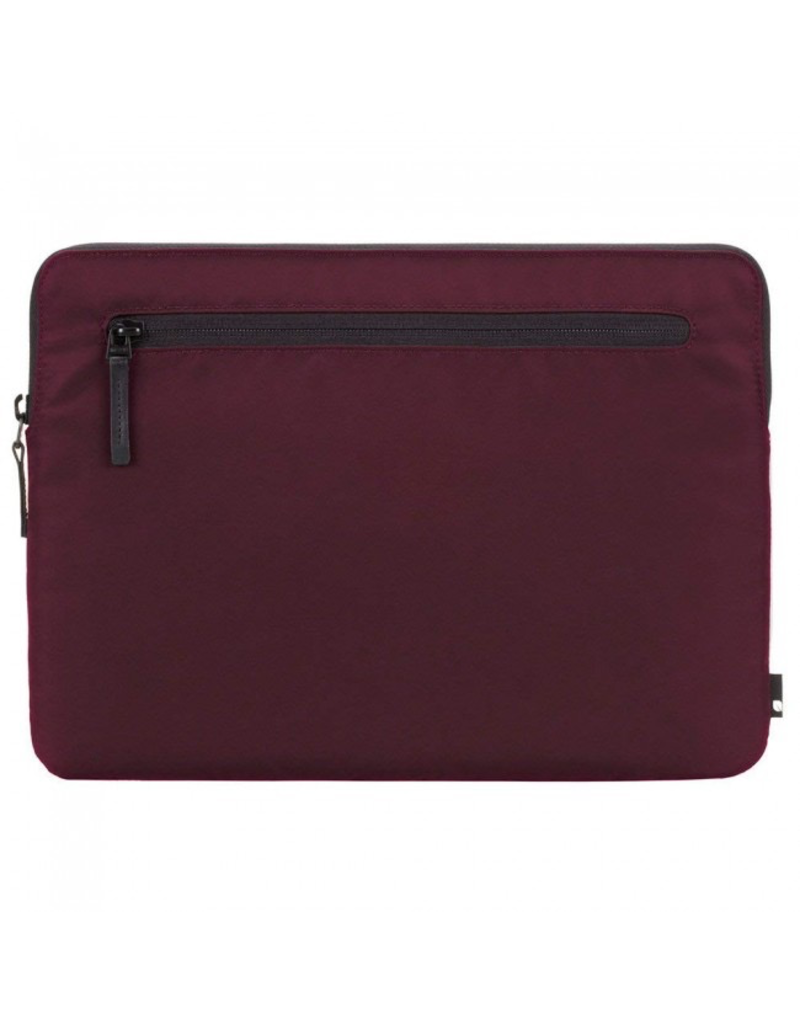 Incase Compact Sleeve in Flight Nylon for 13-inch MacBook Pro - Thunderbolt (USB-C) - Mulberry
