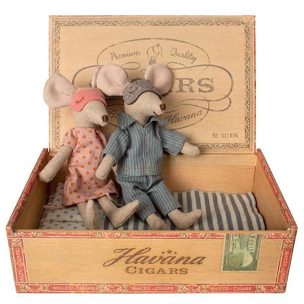 Maileg Mouse - Mom & Dad in Cigarbox - Pajamas