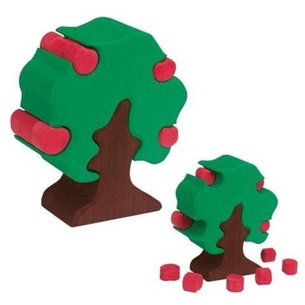 Glueckskaefer Apple Tree