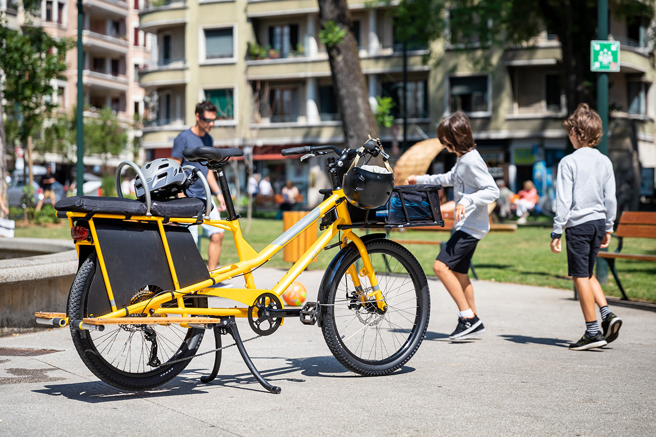 Yuba Kombi cargo bike