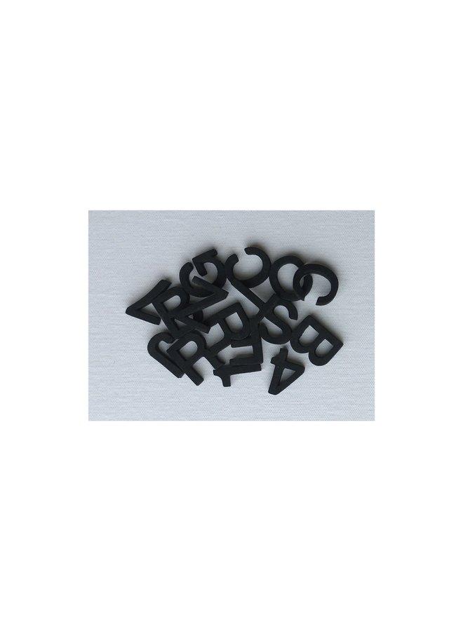 16X16 LETTERLOVE MAGNET BOARD - 150 LETTERS