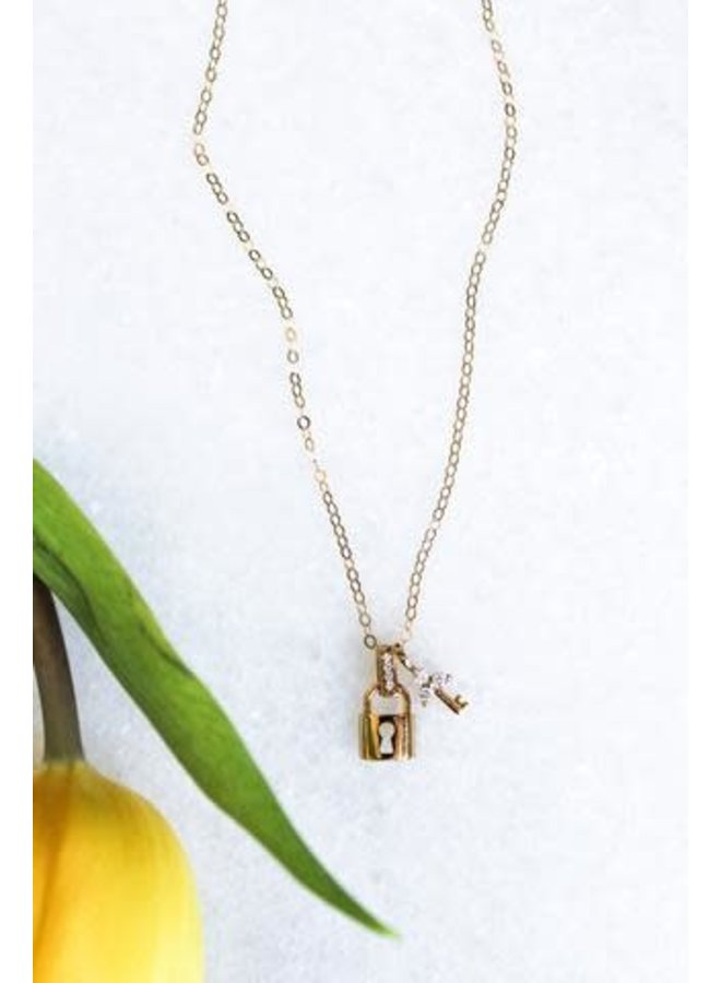 """LOCK AND KEY GOLD FILLED 16"""" NECKLACE"""