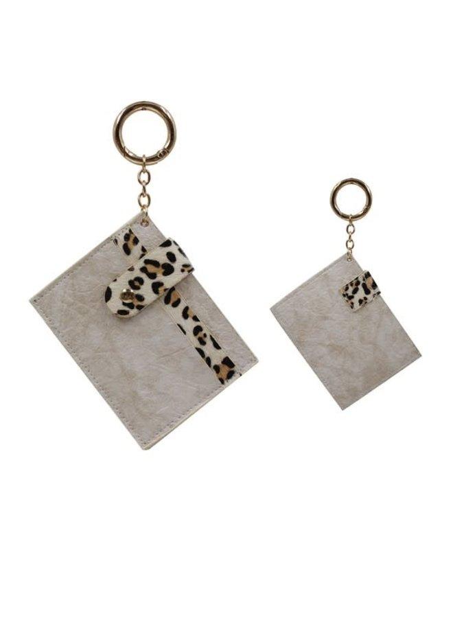 ANIMAL PRINT SKINNY CARD CASE KEYCHAIN