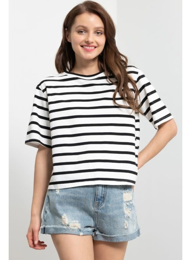 VACAY VIBES CROPPED TEE