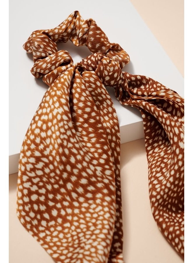 BROWN ABSTRACT SCARF PONY