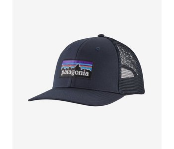 Patagonia - Casquette homme p-6 logo lopro trucker navy blue