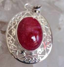 Ruby Pendant with scroll work