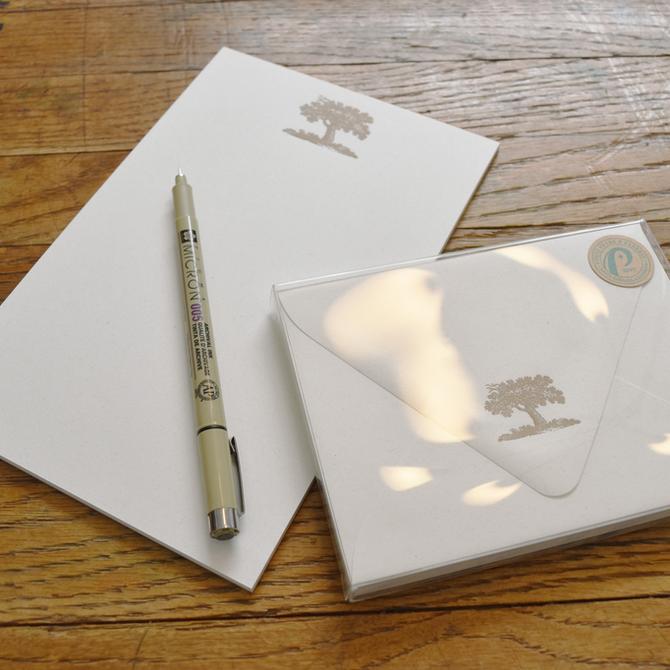 folio2p Oak Tree Envelope Box
