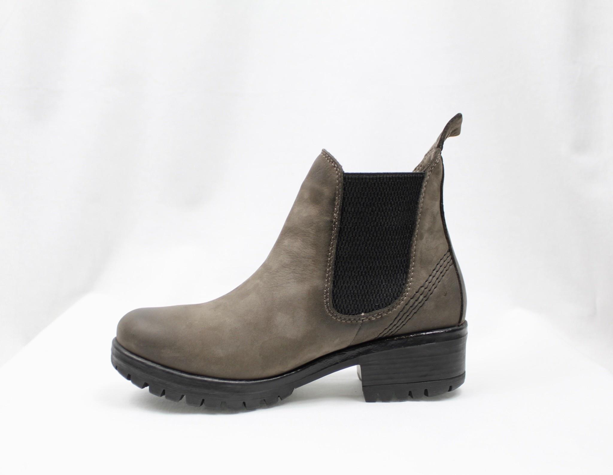 "BUENO BUENO ""FLORIDA"" Grey Nubuck Chelsea Boot"