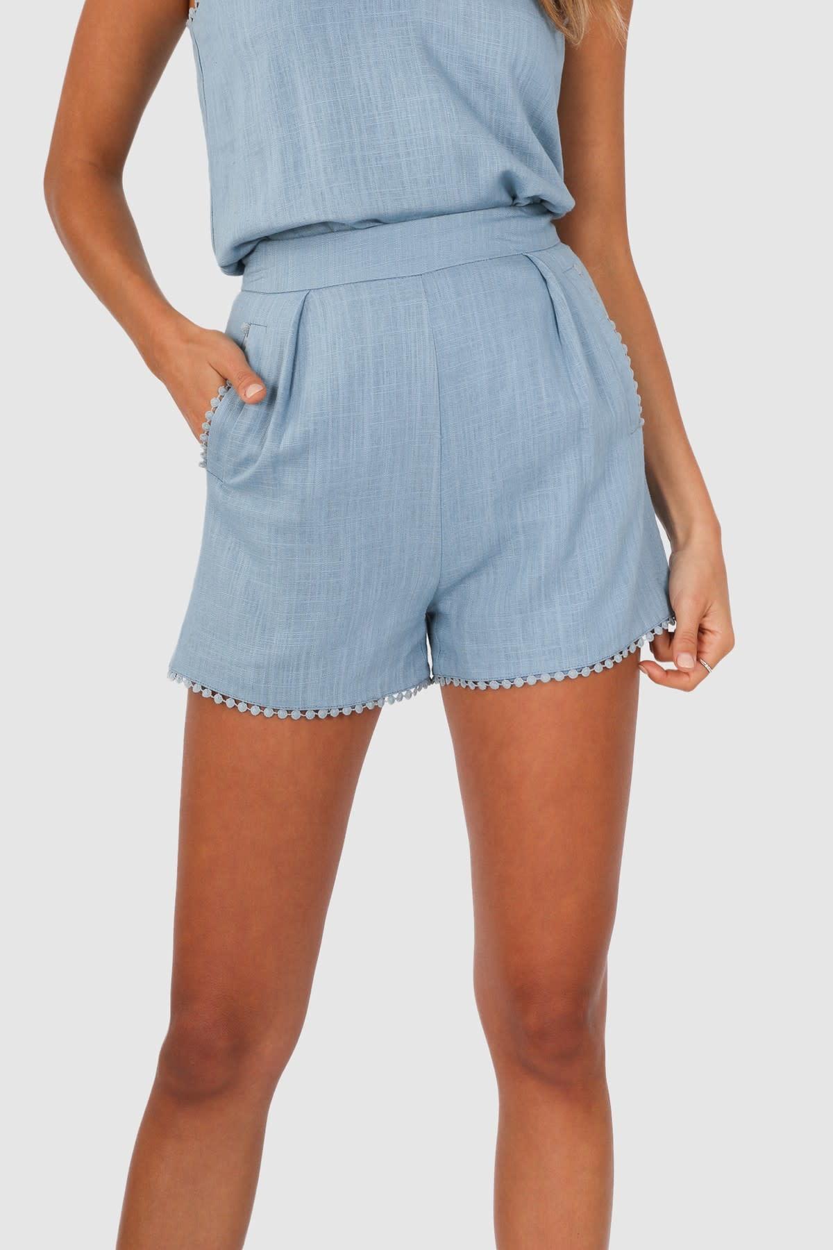 """LOST IN LUNAR LOST IN LUNAR L0175 """"JOSIE"""" Linen Shorts"""
