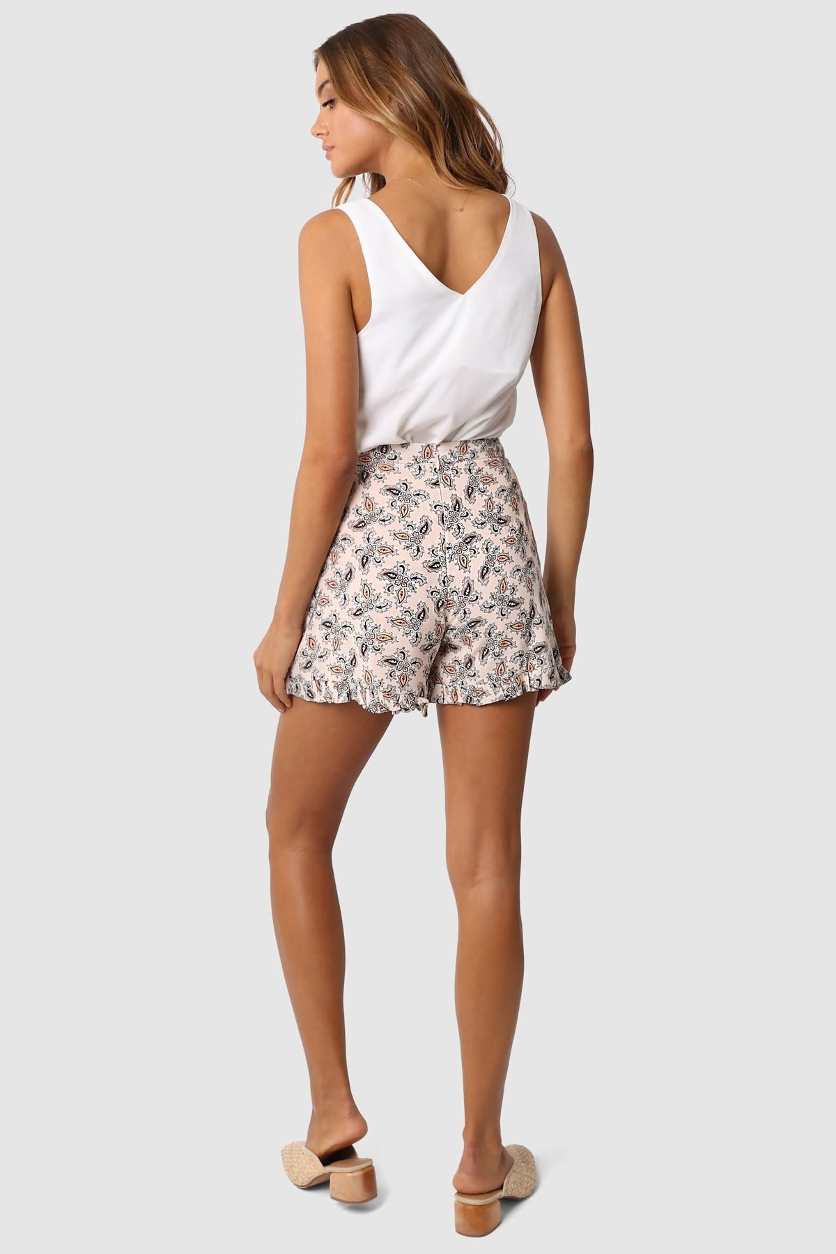 "LOST IN LUNAR LOST IN LUNAR L0158 ""ROXY"" Paisley Shorts"