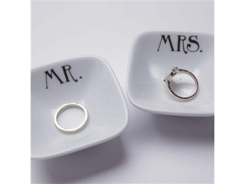 Dishique Mrs. & Mr. Ring Dish Set