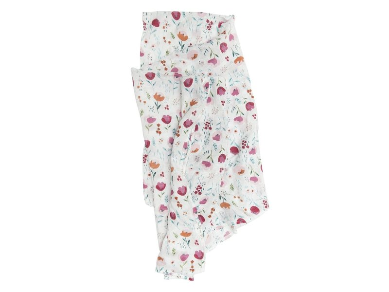 Loulou Lollipop Rosey Bloom Muslin Swaddle