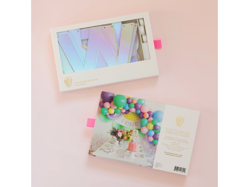 Daydream Holographic Say Everything Garland